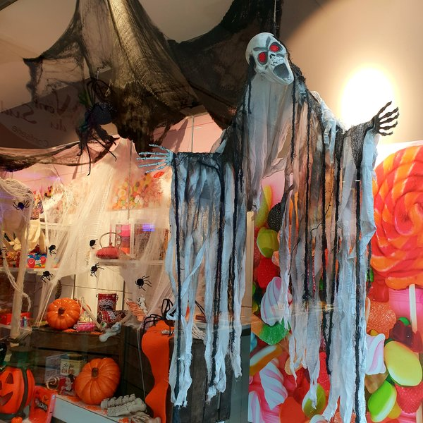 halloween, schaufenster